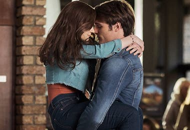 Una de las escenas más tiernas de esta comedia romántica para adolescentes que está entre las películas más vistas de Netflix.