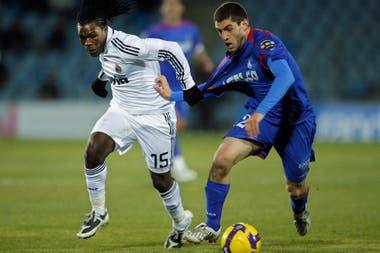 El paso por Europa lo llenó de aprendizajes; en la Liga de España y en la ex Copa UEFA se cruzó con los mejores rivales