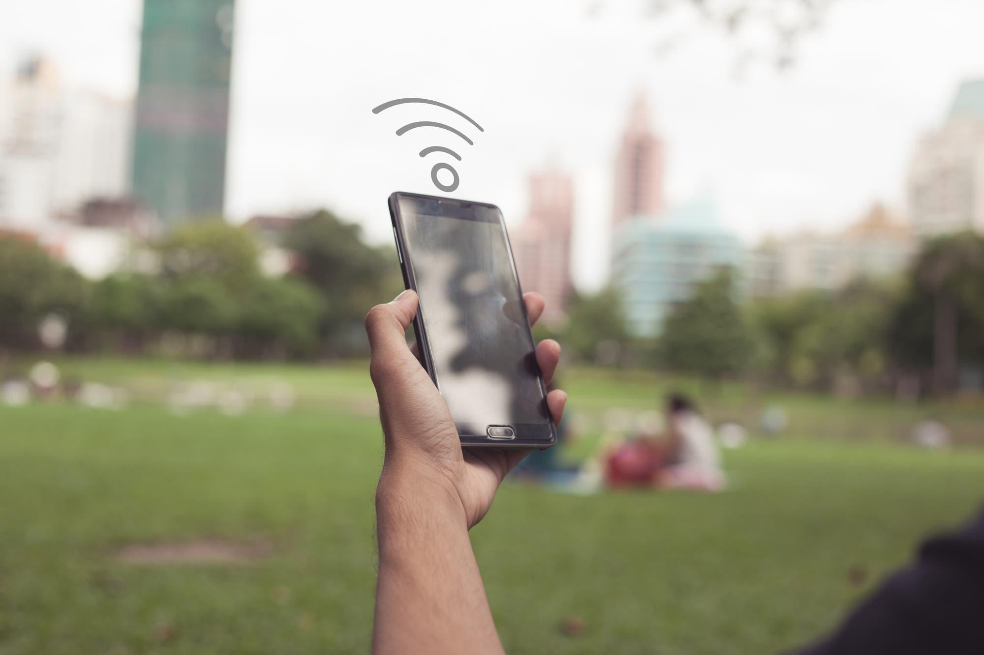 ¿Por qué es tan difícil ofrecer Wi-Fi gratis de buena calidad en las ciudades?