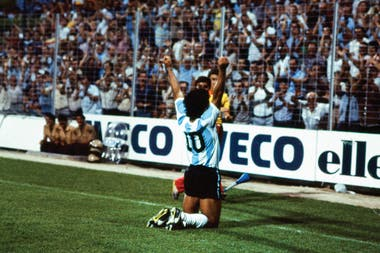 Maradona como un dios.