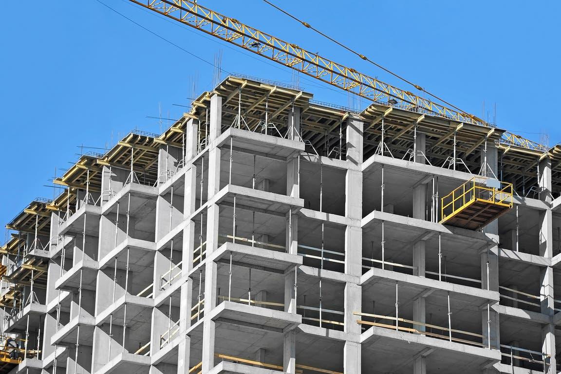 En noviembre pasado, la construcción creció 6,2% y la industria,4,5%, con relación al mismo mes de 2020