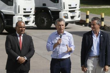 El mandatario encabezó un acto junto al gobernador de Tucumán Juan Manzur en el departamento de Cruz Alta