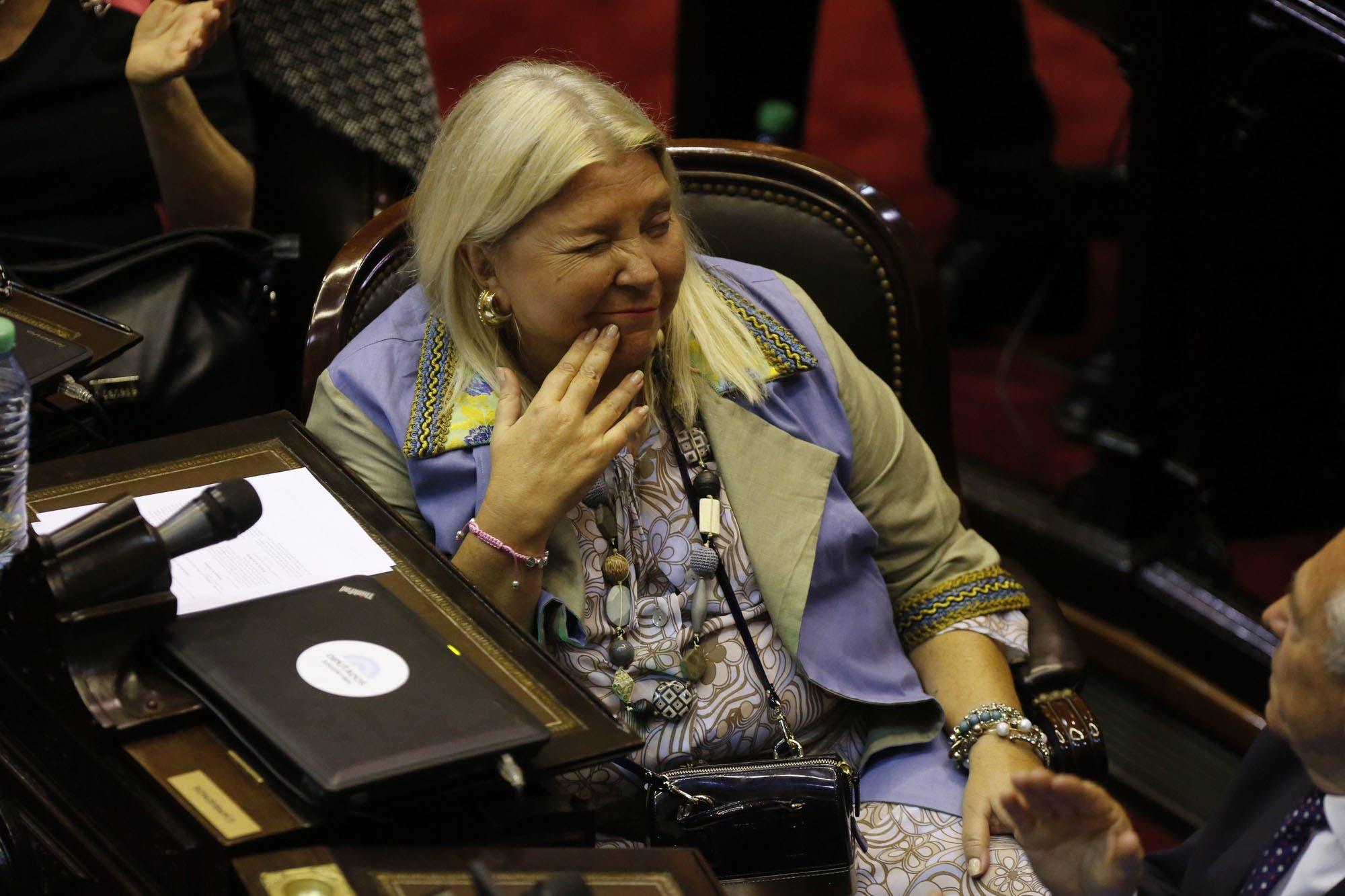 Elisa Carrió apuntó contra los Moyano en la previa del paro