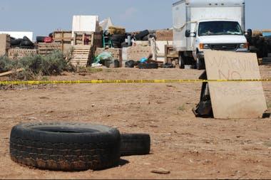 En los alrededores del campamento fueron encontrados los restos de un chico aún no identificado