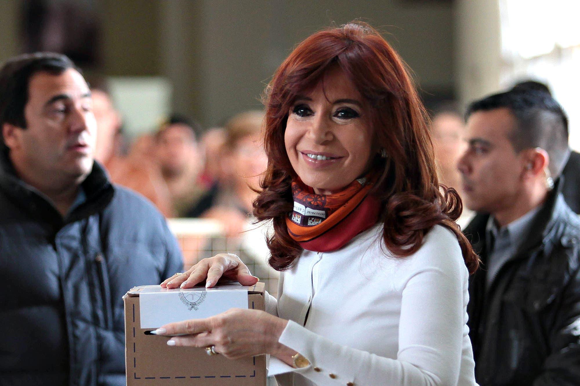 Por WhastApp, Cristina Kirchner hizo un pedido especial a los fiscales del Frente de Todos
