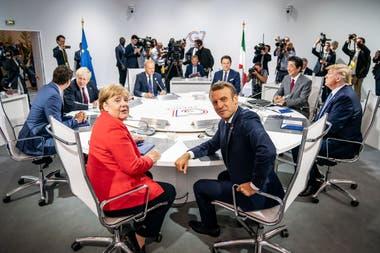 El presidente de Francia, Emmanuel Macron, reclamó la ayuda de sus pares en el encuentro