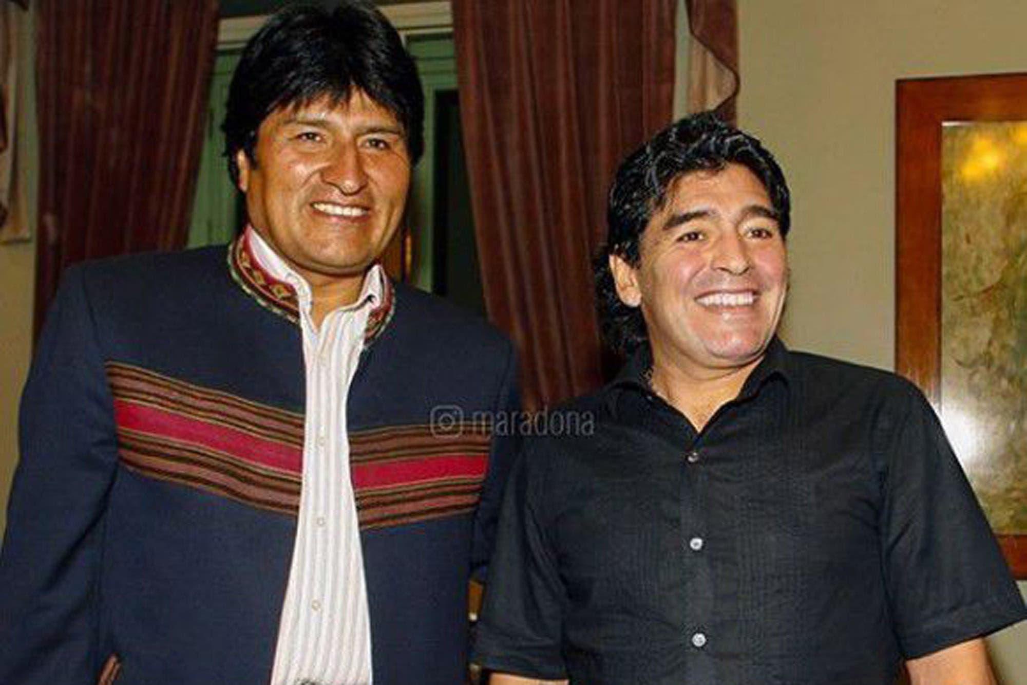 """Maradona apoyó a Evo Morales y lamentó """"el golpe de estado orquestado"""" en Bolivia"""