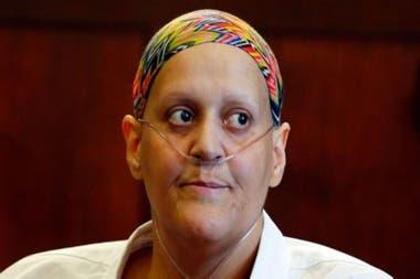 La prima de Aaron Hernandez Tanya Singleton fue encarcelada por desacato por negarse a testificar contra el deportista.