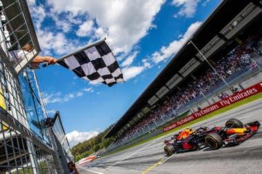 El neerlandés Max Verstappen, ganador en 2019 del Gran Premio de Austria, en Spielberg; el circuito Red Bull Ring será el escenario del inicio de la temporada 2020