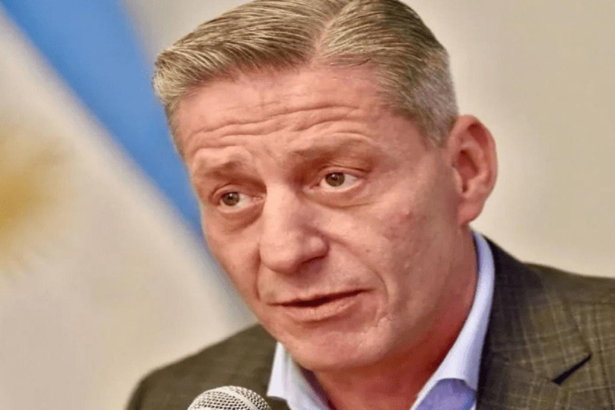 Escándalo en Chubut: los concejales suspenden al intendente de El Hoyo y el gobernador Mariano Arcioni interviene el municipio