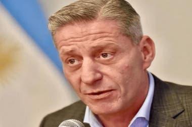 El gobernador de Chubut, Mariano Arcioni, prometió que en noviembre se normalizarán los pagos a estatales