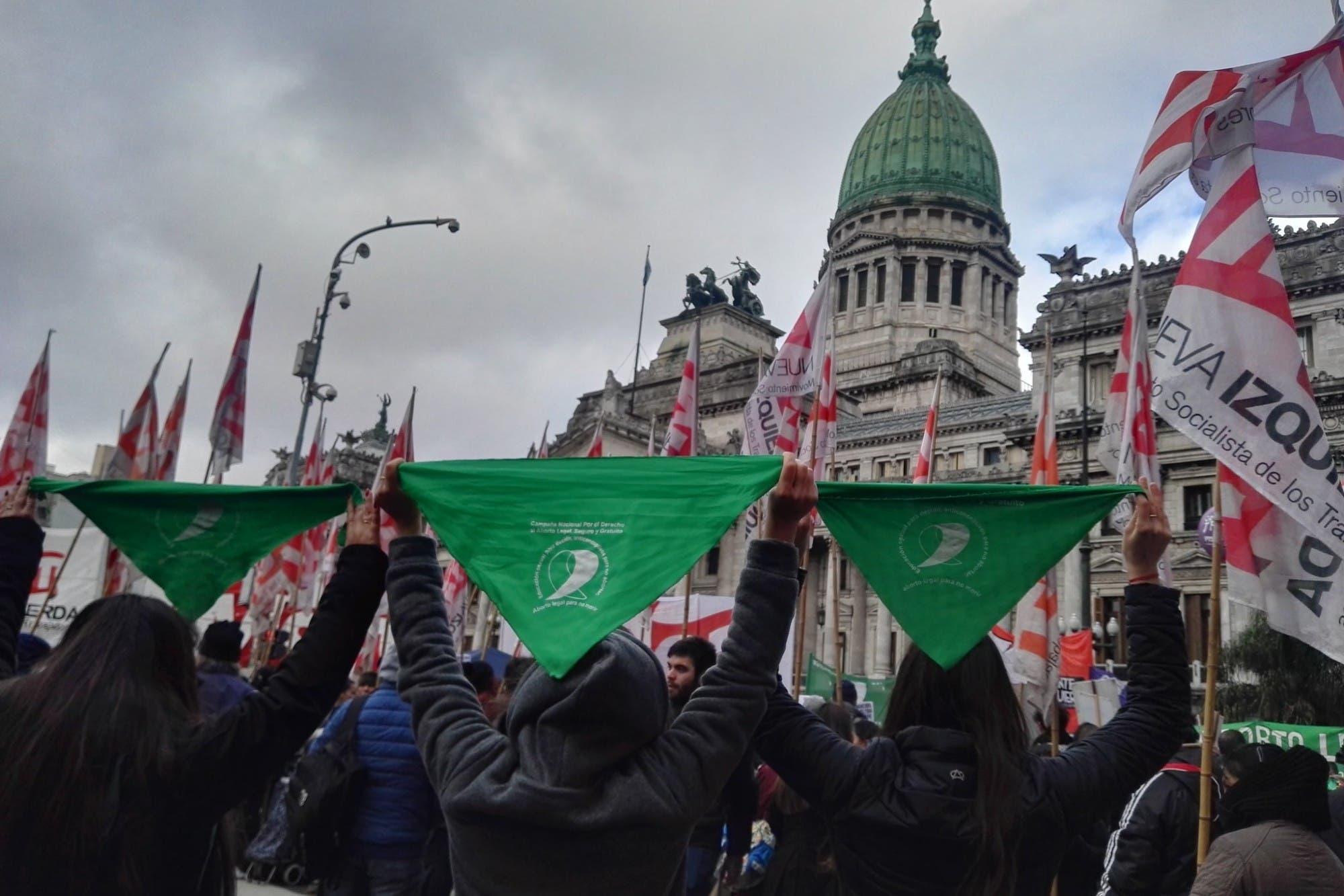 Alberto Fernández irá a la exESMA en el aniversario de su gobierno, durante el debate sobre el aborto legal