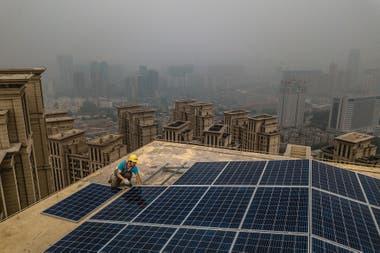 Los paneles solares son una de las opciones de fuentes alternativas de energía
