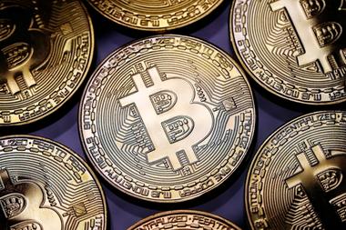 El monto de los bitcoins se encuentra en un pequeño disco duro que funciona como billetera digital llamado IronKey, y requiere una contraseña de acceso que el joven programador olvidó por completo