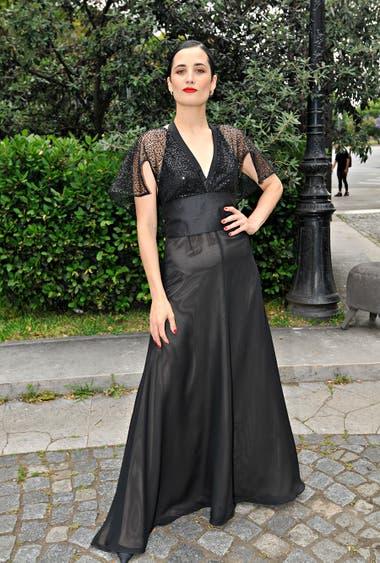 Flor Torrente también optó por un look cien por ciento negro