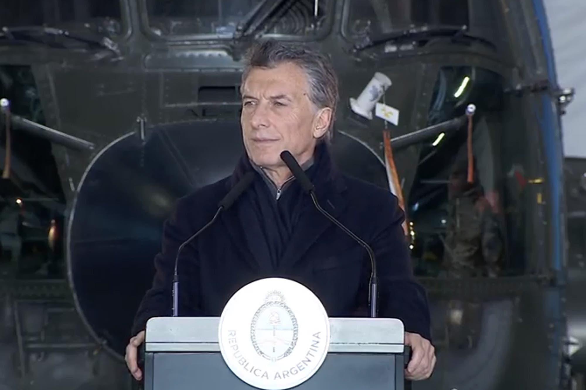 El Gobierno oficializó el plan de reforma de las Fuerzas Armadas
