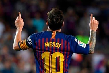 Messi le hizo tres goles ayer a PSV