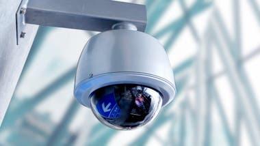 Las cámaras registran y detectan los rostros de los transeúntes en vivo.