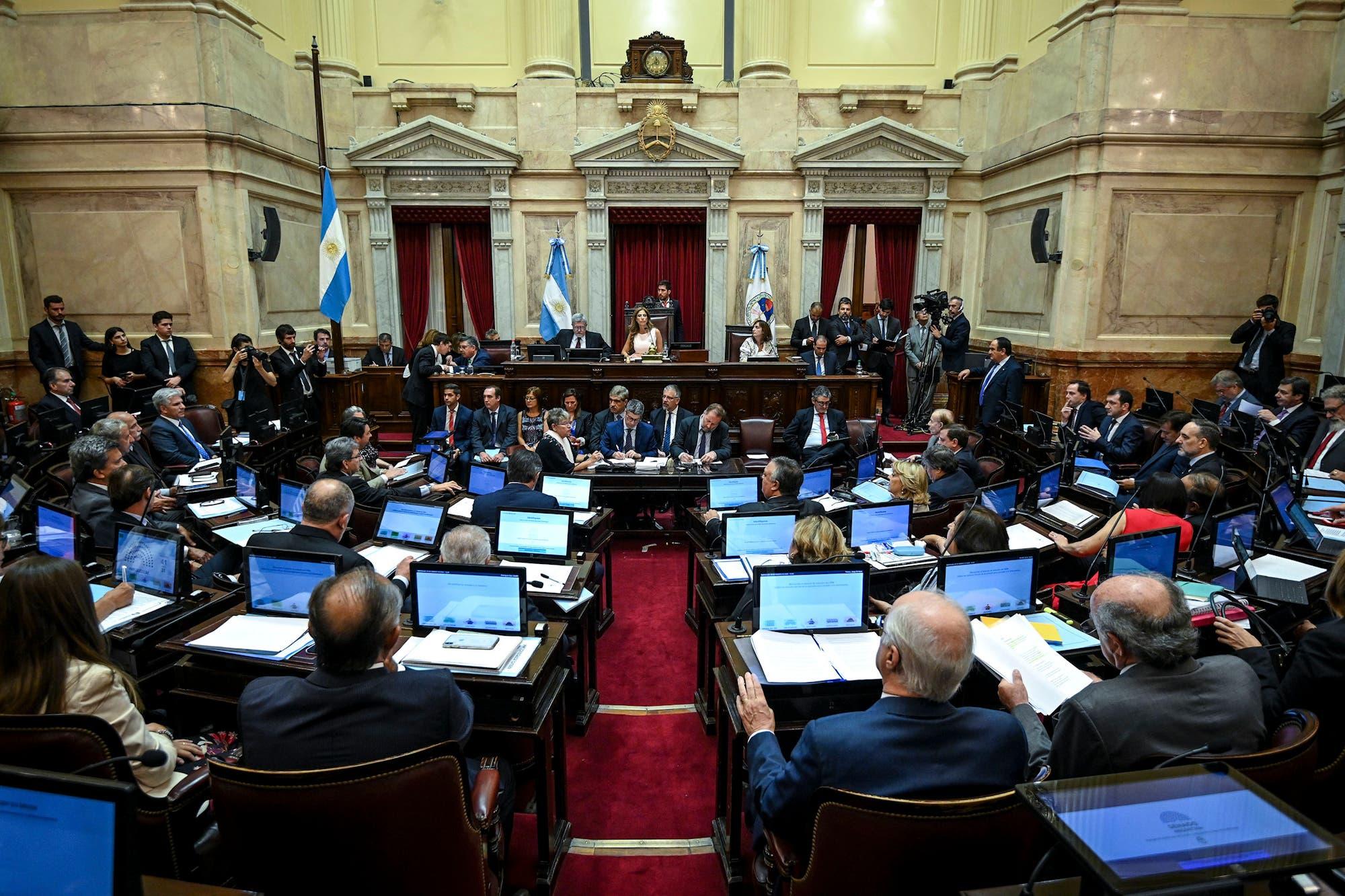 El Senado convirtió en ley el proyecto de reestructuración de la deuda