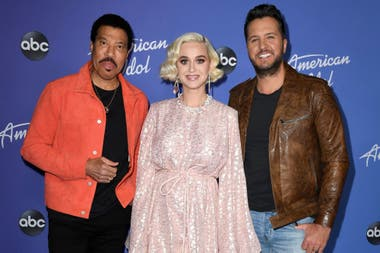 Lionel Richie, Katy Perry y Luke Bryan en la presentación de la nueva temporada de American Idol, el longevo reality del que forman parte como estelar jurado