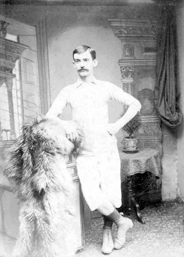 Fergus Suter es considerado el primer jugador de fútbol profesional
