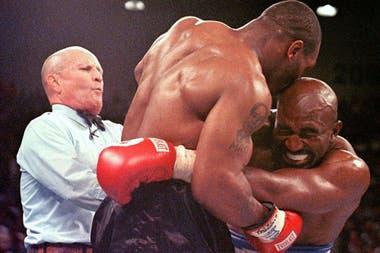 La tan promocionada Tyson vs. Holyfield quedó por ahora en la nada
