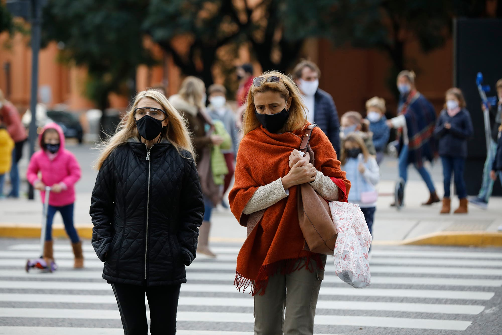 Coronavirus en la Argentina. Los infectólogos esperan más datos para definir las próximas recomendaciones