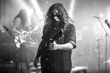 El guitarrista de Buenos Muchachos en La Trastienda Club Montevideo