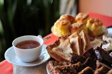 El te galés, con tortas y otras delicias, se sirge en varias cafeterías de Gaiman