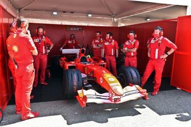 Mick Schumacher, hace algunas semanas, dio una vuelta a bordo de monoplaza Ferrari con el que su papá ganó el séptimo título del mundo en el año 2004