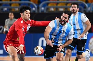 Federico Pizarro terminó como el jugador del partido ante Japón