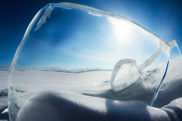 Por décadas, el hielo fue un lujo caro; ideas como incorporarlo al vaso de whisky lo reinventaron y hoy alimenta negocios en todo el mundo