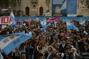 Los manifestantes Provida también realizaron marchas, en la Capital como en las provincias