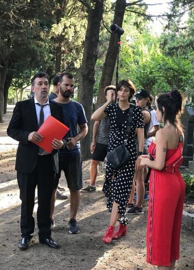 Lali Espósito junto a dos de los actores principales. Mónica Antonópulos y Alejo García Pintos