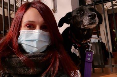 Lucía adoptó a Siena en cuarentena para pasar más tiempo juntas durante su adaptción al nuevo hogar