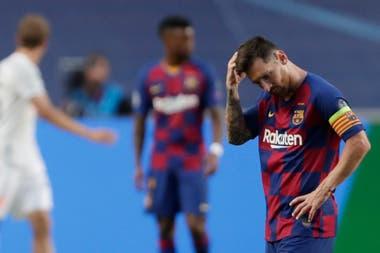 Messi, sin consuelo tras la humillante eliminación de Barcelona ante Bayern Munich, por la Champions League 2020