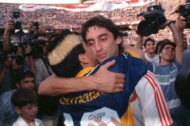 La despedida del fútbol, en un Boca-River, con el Enzo..., Diego pudo haber jugado en Núñez