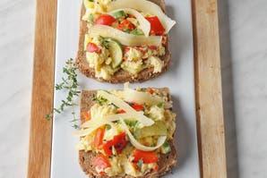 Bruschetta de zucchini y fontina