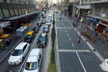Lista para la peatonalización, la avenida Corrientes sorprende con su nueva cara