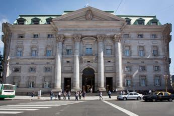 Dólar hoy: a cuánto cerró el dólar en Banco Nación y todas las entidades el 18 de enero