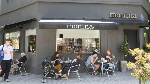 Uno de los locales que integran el polo gastronómico: Monina, en Congreso y Arribeños