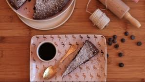 Torta húmeda de chocolate sin harina ni manteca