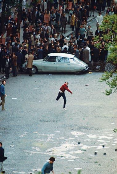 Hace medio siglo, París fue escenario de las revueltas obreras y estudiantiles que modificaron gran parte de los paradigmas culturales de Occidente. Mayo del 68 puso en primer plano a una juventud que le dijo basta al conservadurismo social y exigió ser escuchada. Qué fue de aquellos ideales