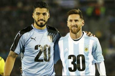 Luis Suárez y Lionel Messi, embajadores del posible Mundial