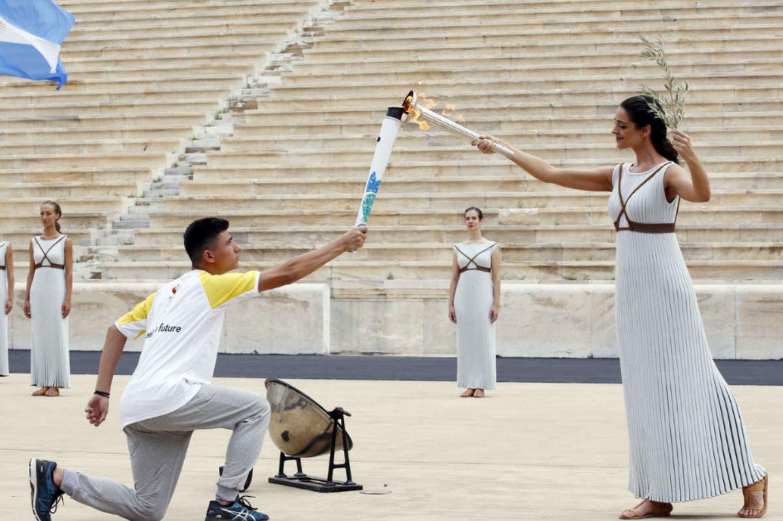 La llama olímpica de la juventud de Buenos Aires 2018 fue encendida en una ceremonia en Atenas