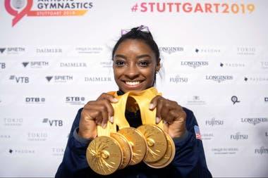 Biles, campeona mundial: aquí, con sus medallas de Stuttgart 2019
