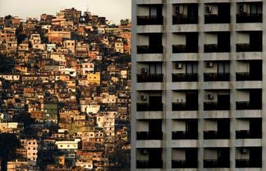 Según el espacio de hábitat de la ONU más de 2000 millones de personas en todo el mundo viven en barrios marginales y asentamientos informales