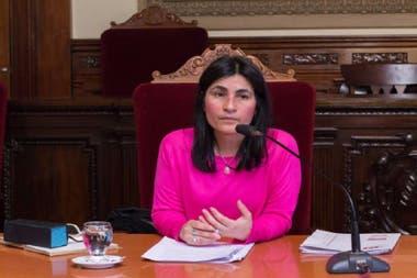 La jueza de Ejecución Penal María Teresa Garay quedó en medio de una fuerte polémica por su decisión de otorgar la prisión domiciliaria a un violador