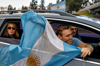 Una imagen del banderazo en la Panamericana, en el partido de Pilar