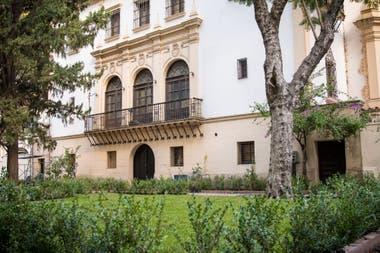 En el tour por el museo Fernández Blanco se podrá ver la muestra Esculturas del jardín de Vivianne Duchini